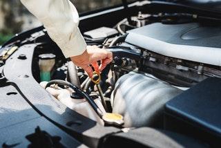 Internetes segítség autóproblémákhoz